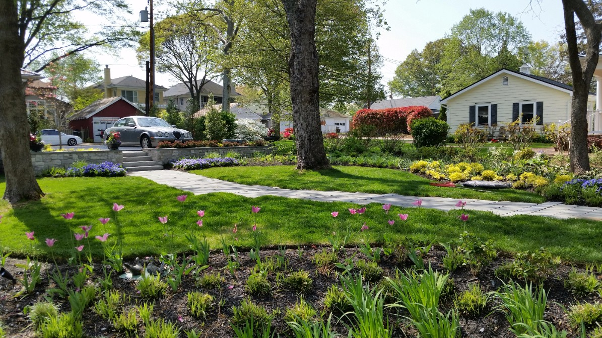 Front Yard Landscaping Photos serving Howard County, MD