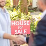Hiring a Landscaper When Selling a Home