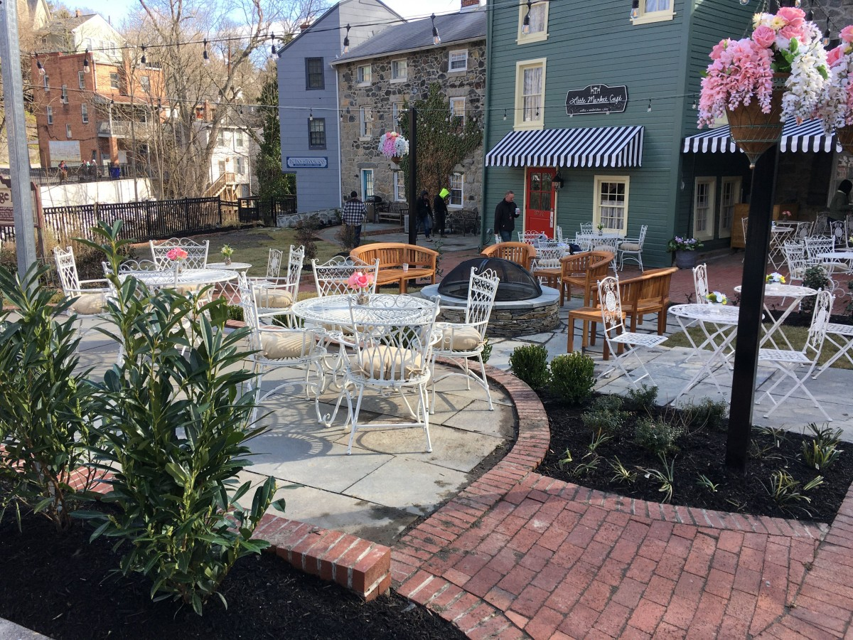 Little Market Cafe Commercial Landscaping Project